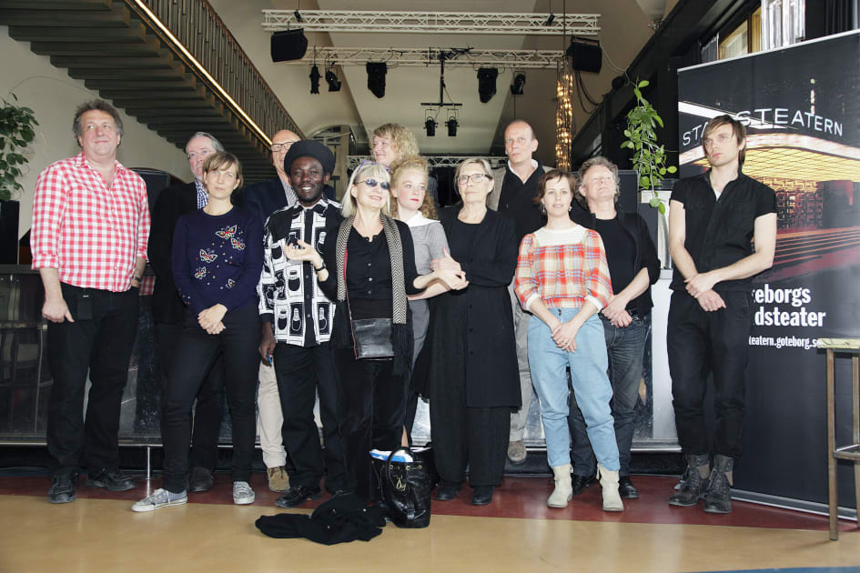 Kontraktet pa teater tribunalen stockholm