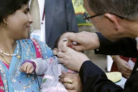 Fn tre miljoner drabbade i pakistan