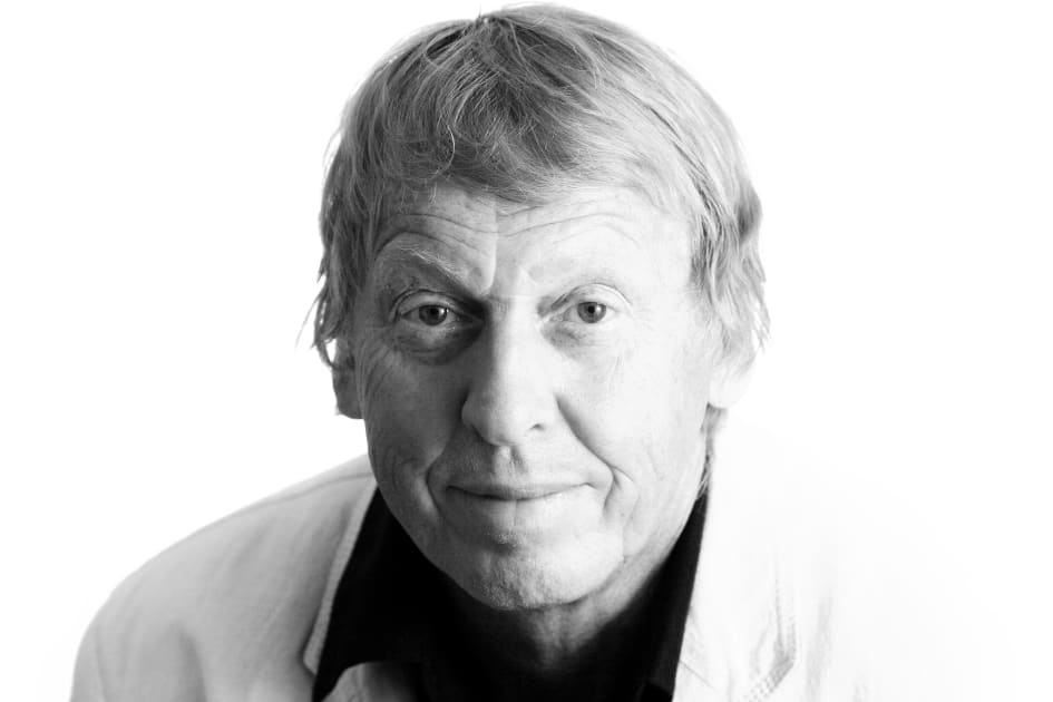 Tomas Von Bromssen Fyller 70 Och Firar Med Paradroll Pa