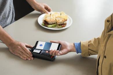 Nu Kan Visa Kortholdere Bruge Google Pay I Danmark Visa Danmark