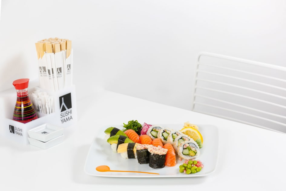 lunch japanesse mager nära norrköping