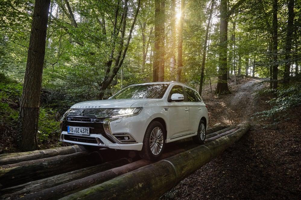 modelljahr 2019: neuer mitsubishi outlander plug-in hybrid ab