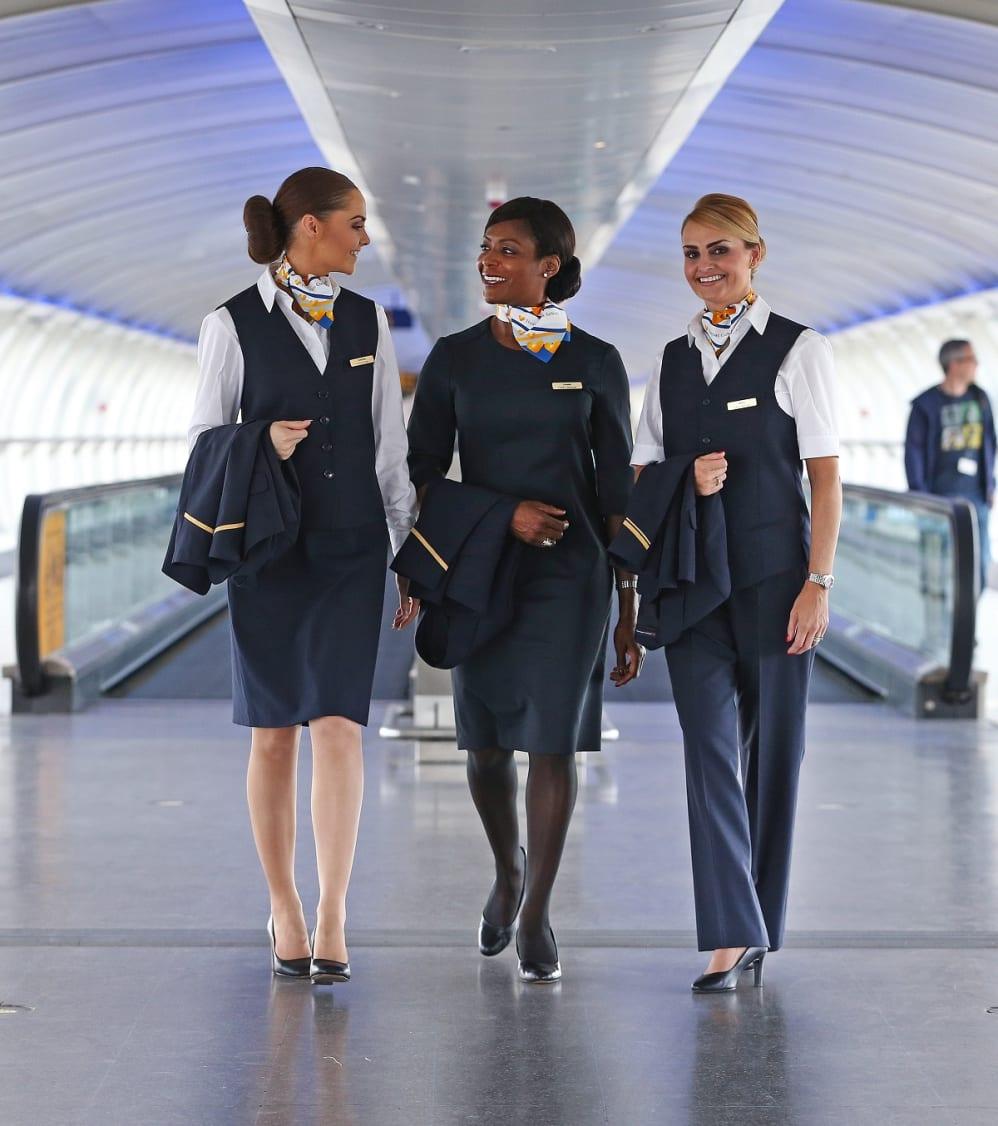 d9ee3939b9d Dansk firma skal klæde 7.065 flyansatte i nyt tøj - Spies -  Presseinformation