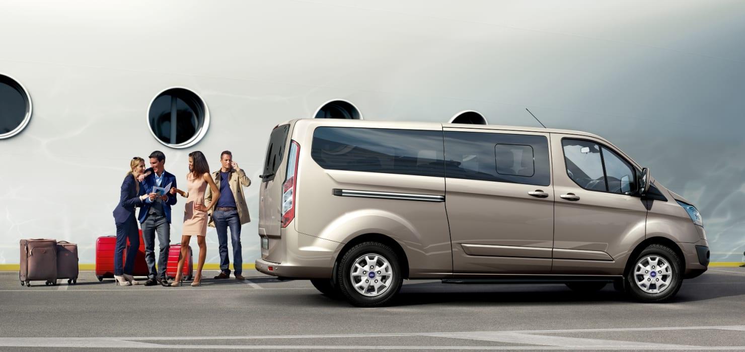 N ste generation af ford transit byder p mere luksus og Ford motor company press release