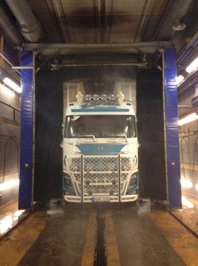 Truckwash har miljövänlig tvätt för stora fordon