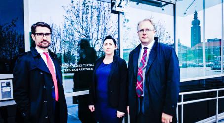 Connie Dickinson-målet om studieavgifter i Svea hovrätt torsdagen den 9 mars