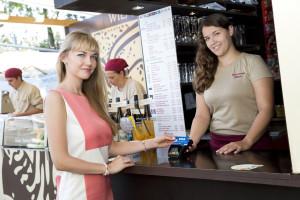 Filmfestival Wiener Rathausplatz: Kontaktloses Bezahlen mit Visa Card bringt viele Vorteile
