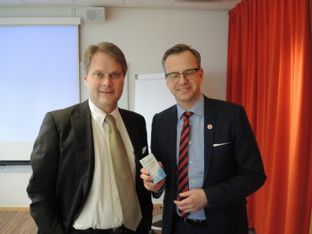Närings- och innovationsministern träffar Enzymatica