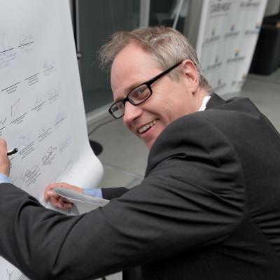 """NIBE Energy Systems skriver under deklaration för visionen """"100 procent fossilfri värme- och kylsektor 2050"""""""