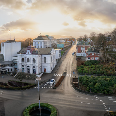 Teateråret 2018 - Rogaland Teater - Solide egeninntekter, høye publikumstall og et omfavnsrikt kunstnerisk program.