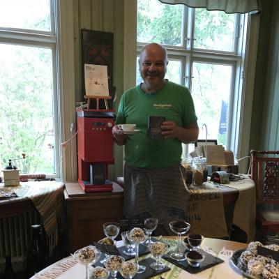 Världens första uppkopplade retursystem för nymalet kaffe i Alingsås