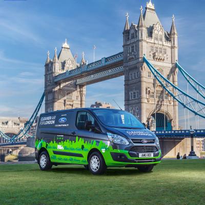 Fremtidens el-varebil kører ud for et grønnere London