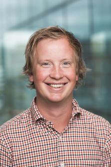 Morten Trasti, Analytiker i Lindorff Norge