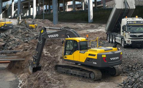 Volvo D-seriens medeltunga grävmaskiner är skapade för effektivitet