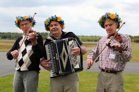 Levande musik vid välkomnandet på Jönköping flygplats