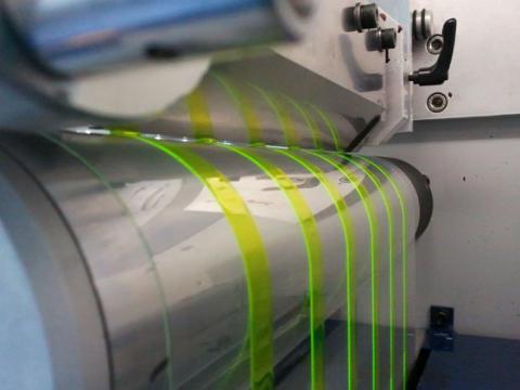 Framtidens ljuskomponent tillverkad i tryckpress