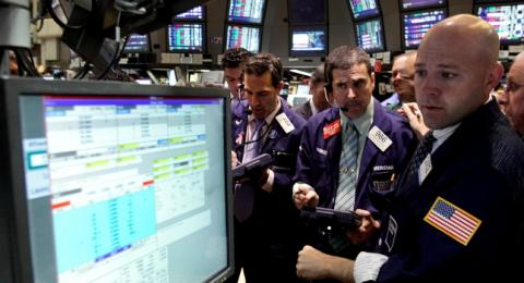 Oil higher on stimulus hopes, Iran tensions