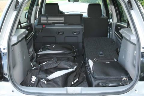 Suzuki SX CombiBack - bagagerum