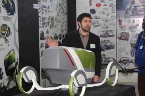 Dave Owsen visar upp sin tolkning på framtidens T-Ford