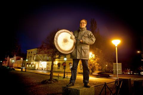 Stefan Jansson på Rådhustorget i Lindesberg_1