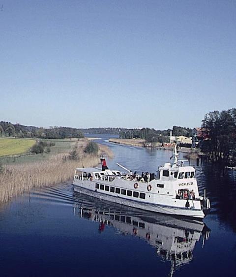 Historiska vattenvägar trafikeras åter