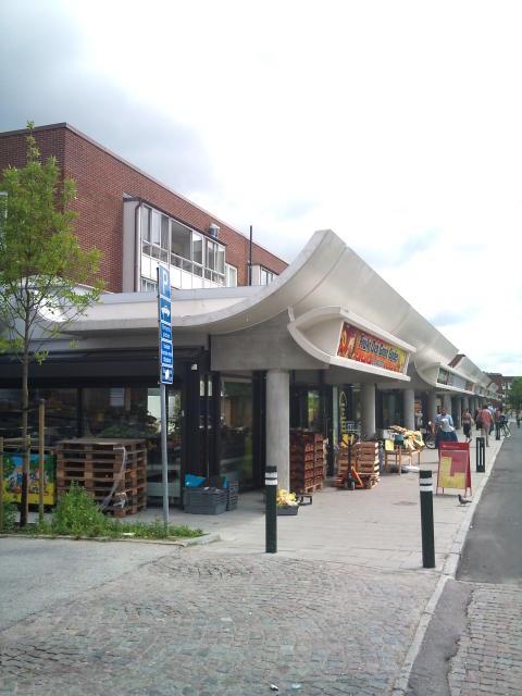 Skånes Arkitekturpris till Bennets bazaar i Rosengård