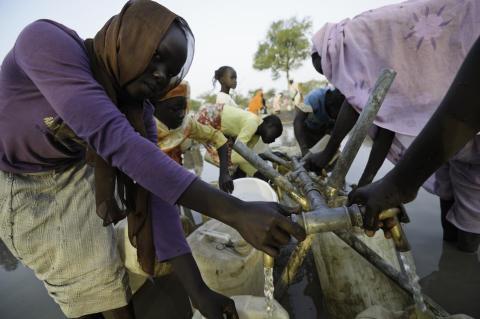 Akut läge för 80 000 flyktingar