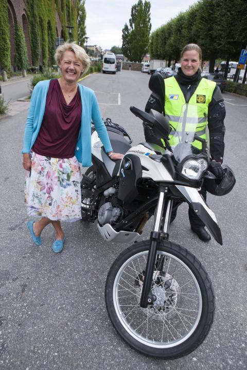 Ulla Hamilton (M): Pilotprojekt med motorcykelburna parkeringsövervakare för ökad framkomlighet