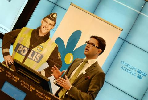 SD föreslår effektiviseringsreform av Polisen