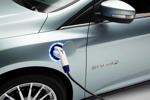 Ford lanserar ny våg av fordon och teknik på bilsalongen i Genève