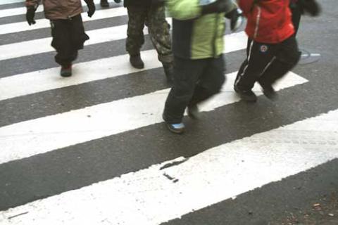 Föräldrarna största hotet mot trafiksäkerheten vid skolorna