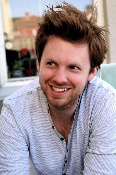 Jonatan Bäckelie (Ernesto) live på Varbergs Kurort i sommar