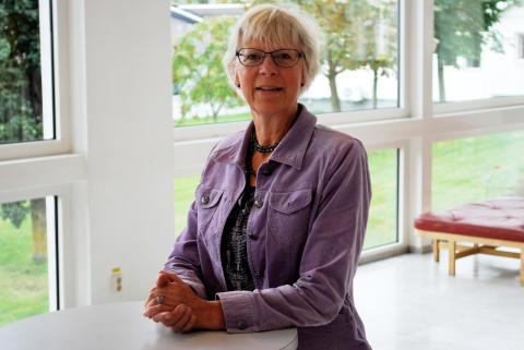 Eva Grönwall, kyrkogårdskonsulent på Svenska kyrkans arbetsgivarorganisation
