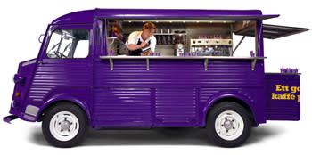 Restaurant on wheels pulls in in Sweden