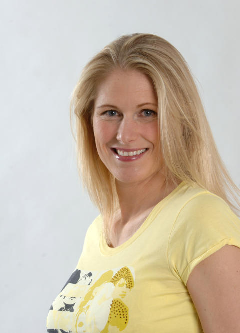 Erica Johansson tar ett nytt kliv i karriären: Idrottsstjärna programledare för Sveriges nya prenumerationslotteri