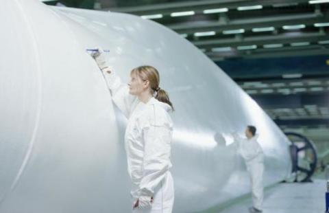 Vestas merging blades and nacelles arms into one unit
