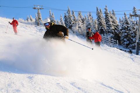 Dags för skidfest med Första Svängen i Lindvallen