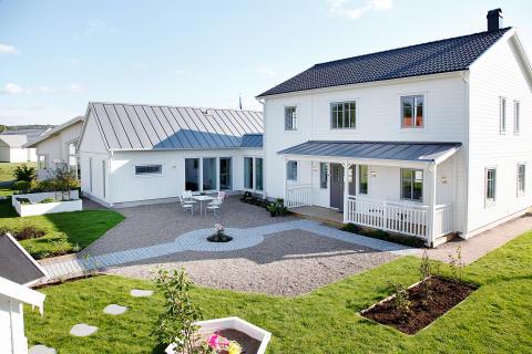 Villa Anneberg, är ett yteffektivt tvåplanshus med mycket karaktär.
