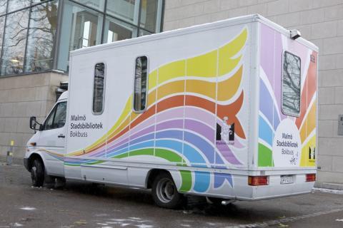 Stadsbibliotekets bokbuss på nya vägar