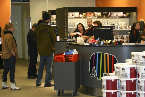 Succéöppning i Caparol Färgs nya butik!