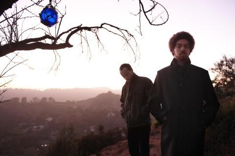 Medlemmar från Gnarls Barkley och The Shins bildar Broken Bells