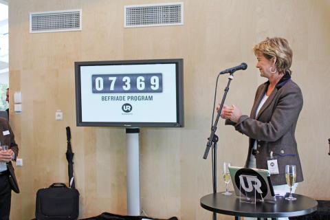 """Kulturministern har idag """"befriat"""" nästan 8000 inlåsta utbildningsprogram."""