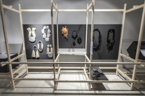 Smycketriennalen i Belgien - snart i Sverige