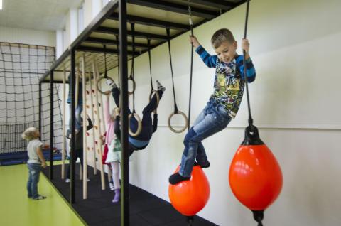 Pohjoismaiden johtava liikuntapaikkatoimija Unisport ostaa merkittävän osan Virklund Sportin liiketoiminnasta.