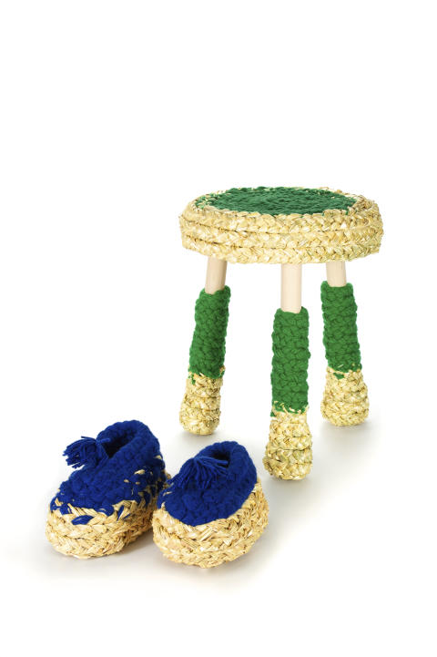 Farmers gold stool+shoes