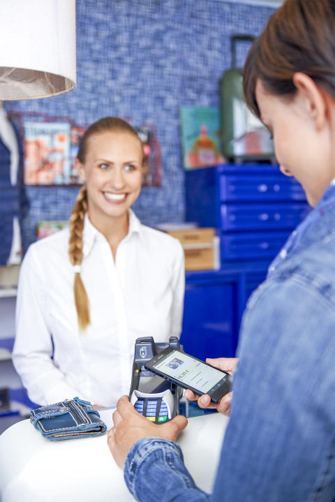 Visa Europe_Bezahlen im Ausland_Hotel V PAY kontaktlos