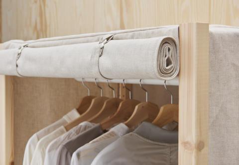 IVAR tekstilbetræk 299.- og garderobestang 80.-