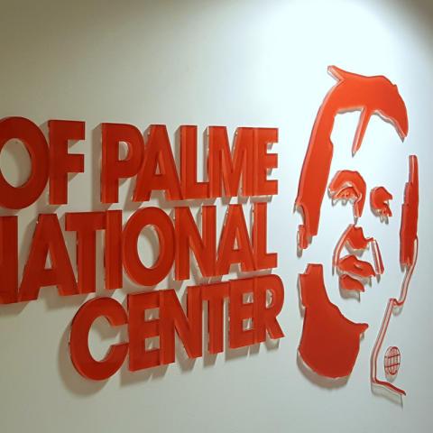 Receptionsskylt i akryl från Clarex till Olof Palme