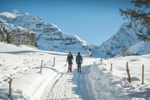 Schneeschuhwandern im Kiental (Berner Oberland)
