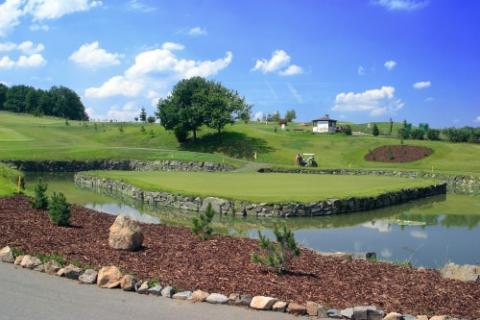 Spendera din golfsemester i Tjeckien.